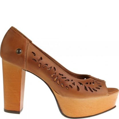 Sandalia de tacón en piel Natural con una diseño troquelado